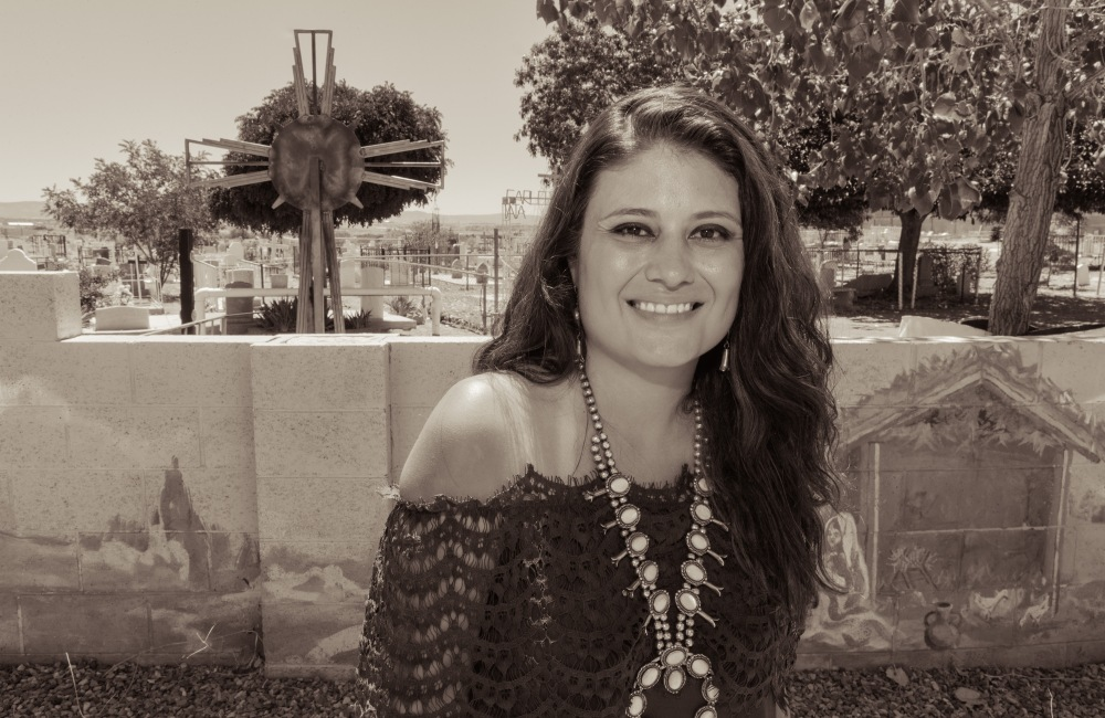 Sofia Sanchez 12-Exposure